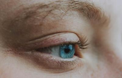 mata bengkak